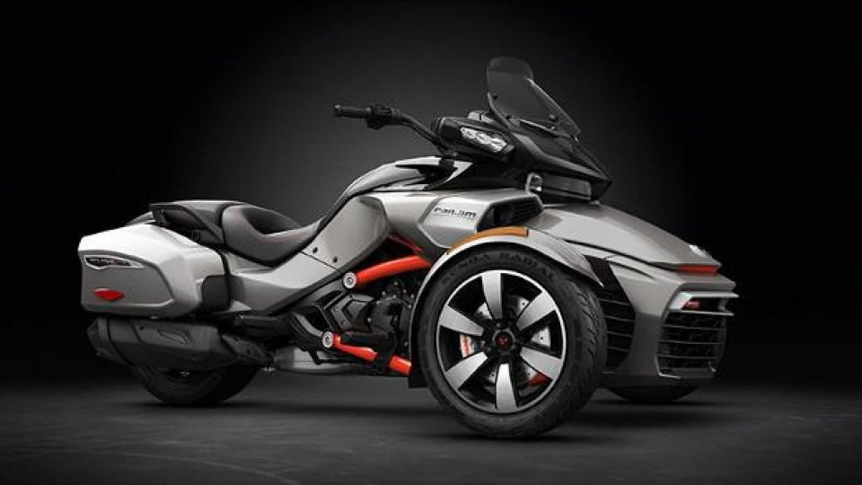 Moto - News: Can-Am Spyder F3-T e F3 Limited 2016