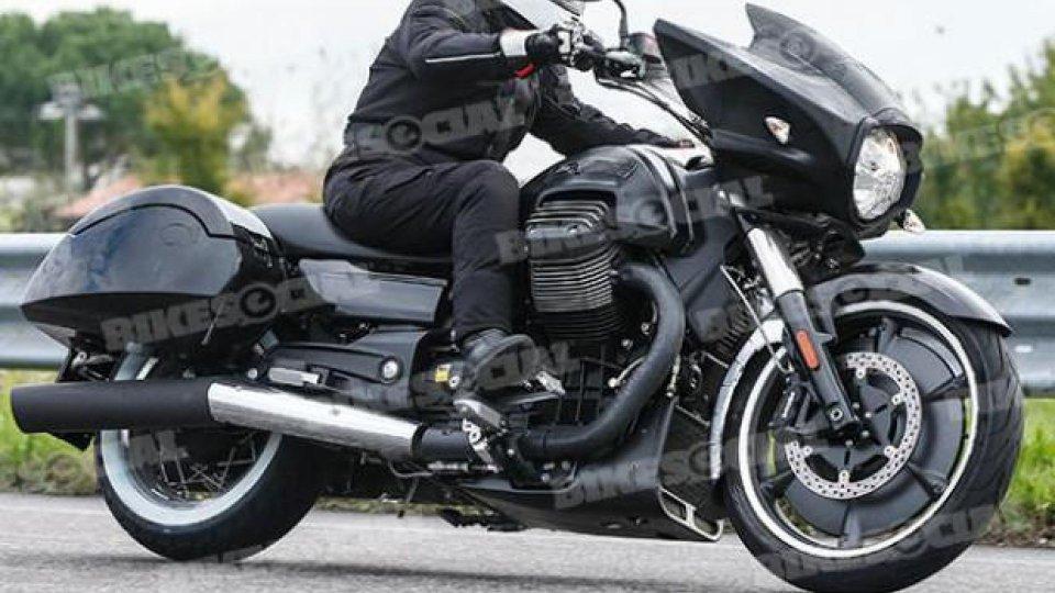 Moto - News: Moto Guzzi California Bagger: la prima foto spia