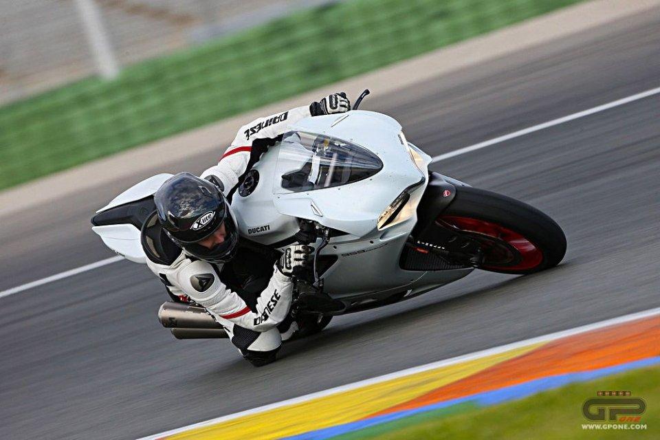 Moto - Test: Ducati 959 Panigale: è puro divertimento