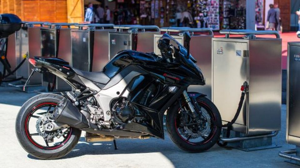 Moto - News: MotoParking: come ottimizzare i parcheggi moto in città