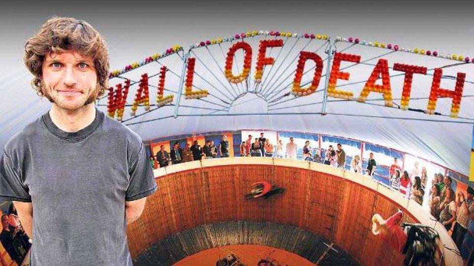 Moto - News: Guy Martin sul muro della morte: record mondiale battuto [VIDEO]