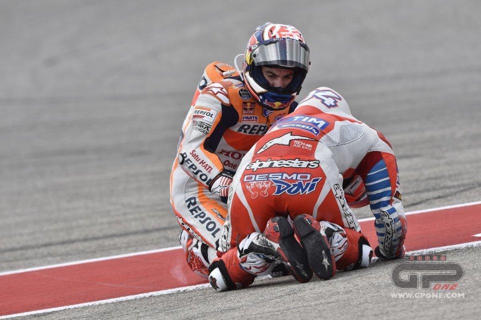 [GP] Austin Dovizioso_collision_austin15