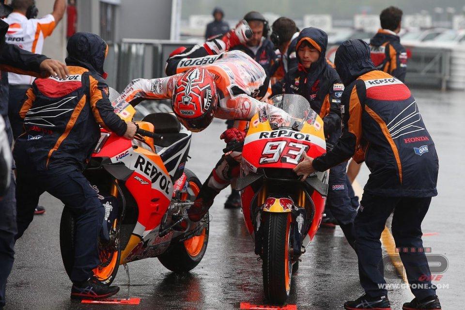 [GP] Brno Marquez_rain_czechgp01