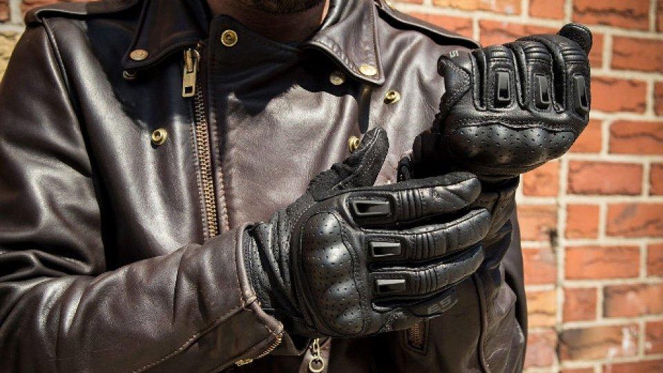 Moto - News: Francia: dal 20 novembre i guanti in moto sono obbligatori
