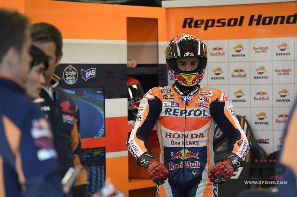 Rossi sfida Marquez: