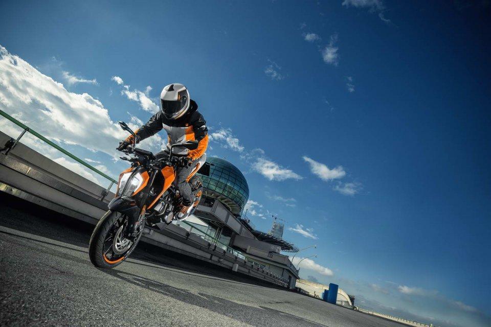 Moto - News: KTM 125-250 Duke my2017
