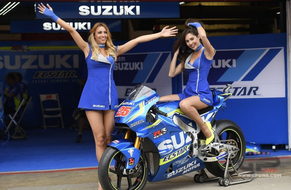 MotoGP, The umbrella girls of Catalan GP | GPone.com