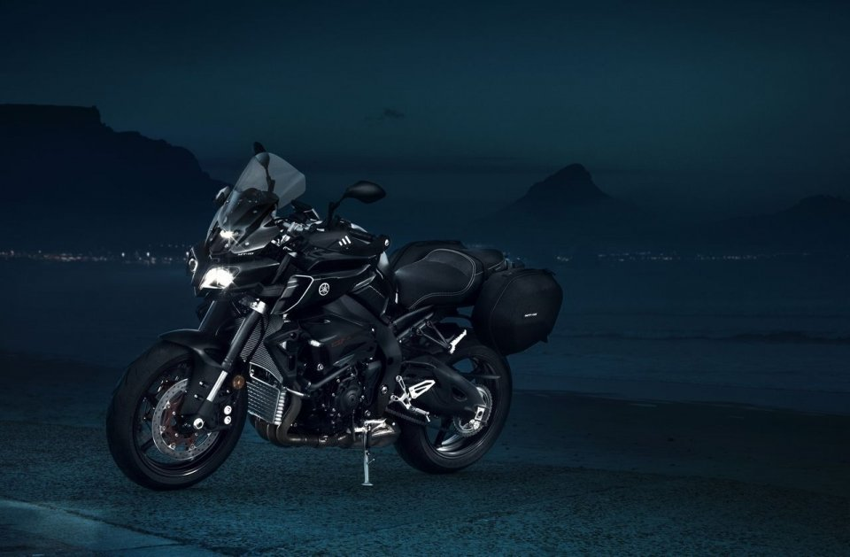 Moto - News: Yamaha MT-10: arriva la Tourer Edition