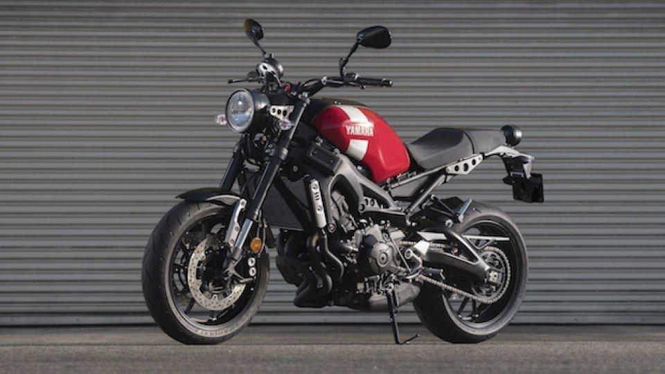 Moto - News: Yamaha XSR700 e XSR900: per il 2018 puntano sul rosso