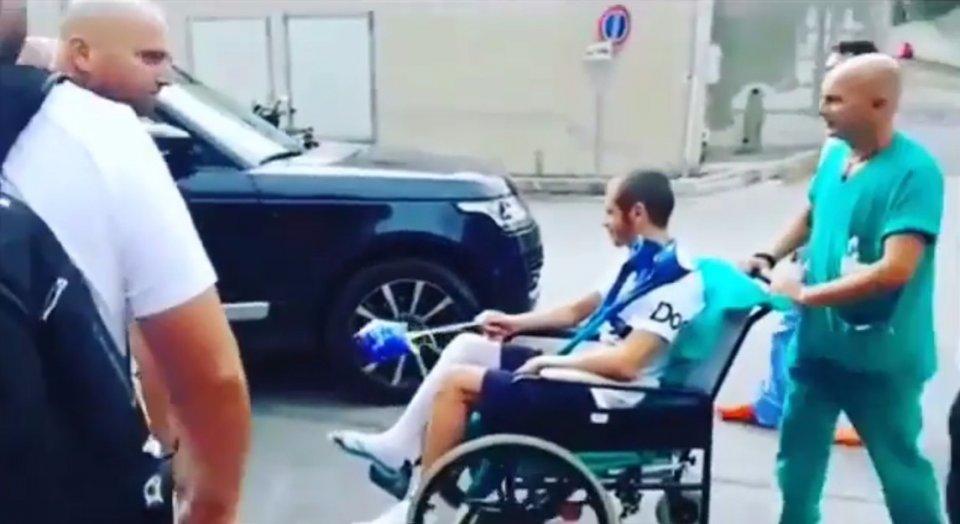 MotoGP: Rossi esce dall'ospedale... con la bacchetta magica