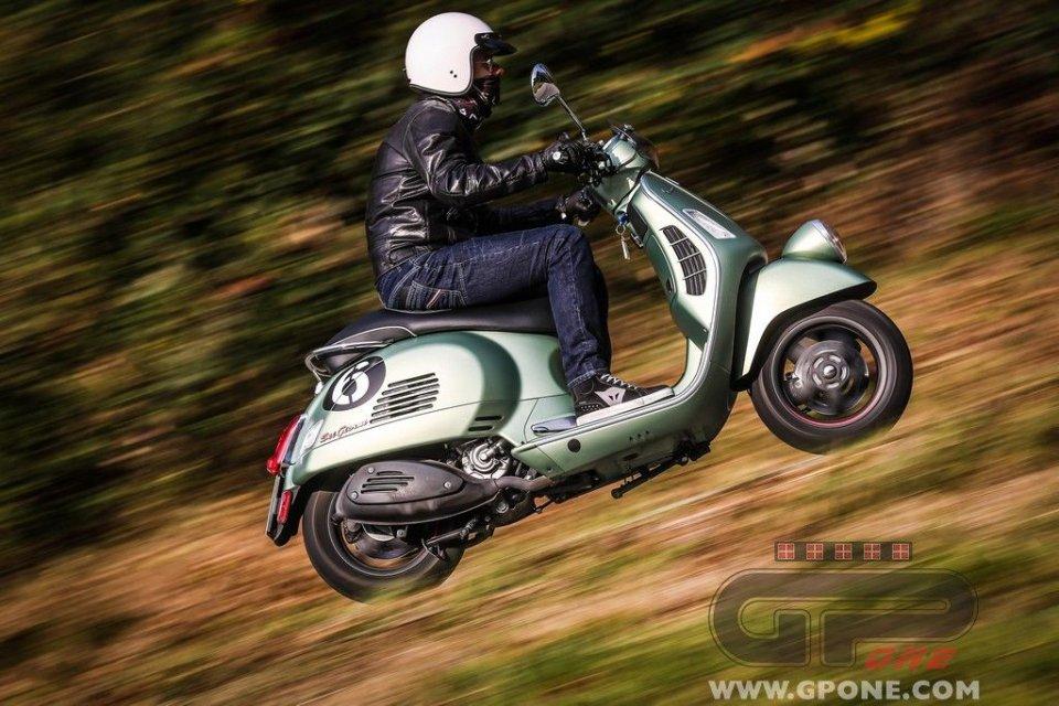"""Moto - Test: Vespa """"Sei giorni"""": momenti di gloria"""