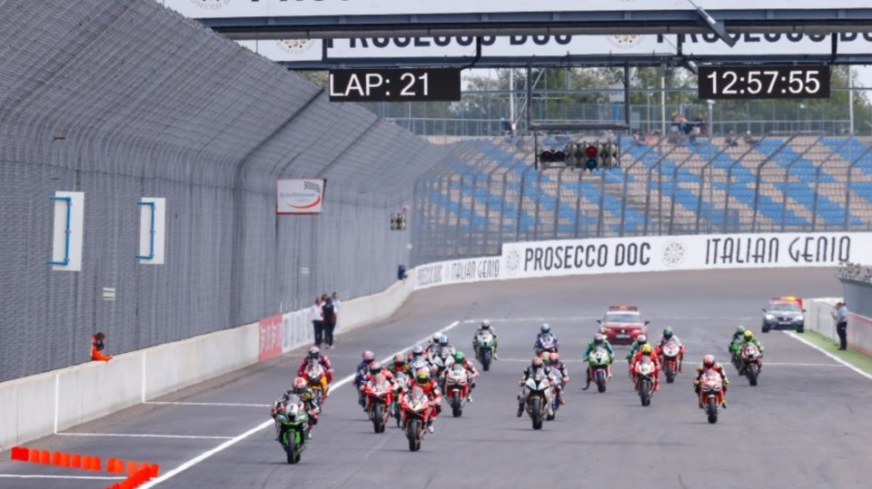 Superbike, the future is in the hands of the manufacturers