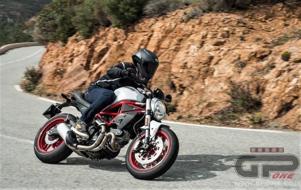 Moto - News: Ducati ti mette in moto per la primavera: torna Service Warm Up
