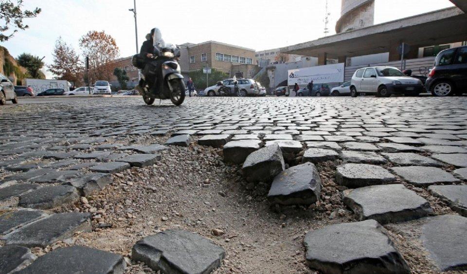 Moto - News: Danni da buche: corriamo ai ripari dopo il sinistro