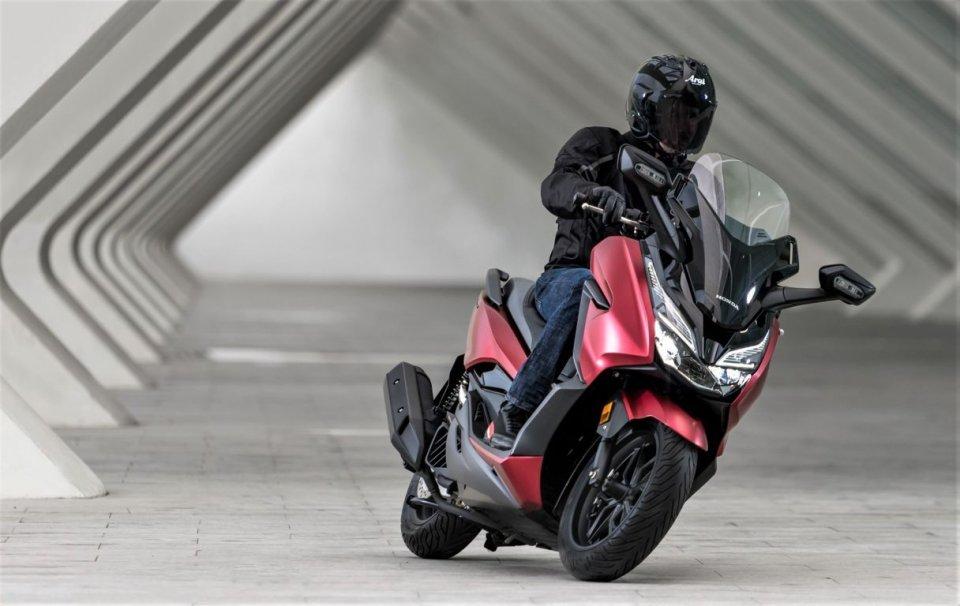 Moto - Scooter: Honda Forza 125 my18: ricetta vincente