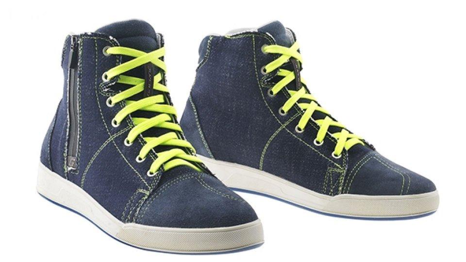 Moto - News: Gaerne G.Voyager, la nuova scarpa tecnica casual