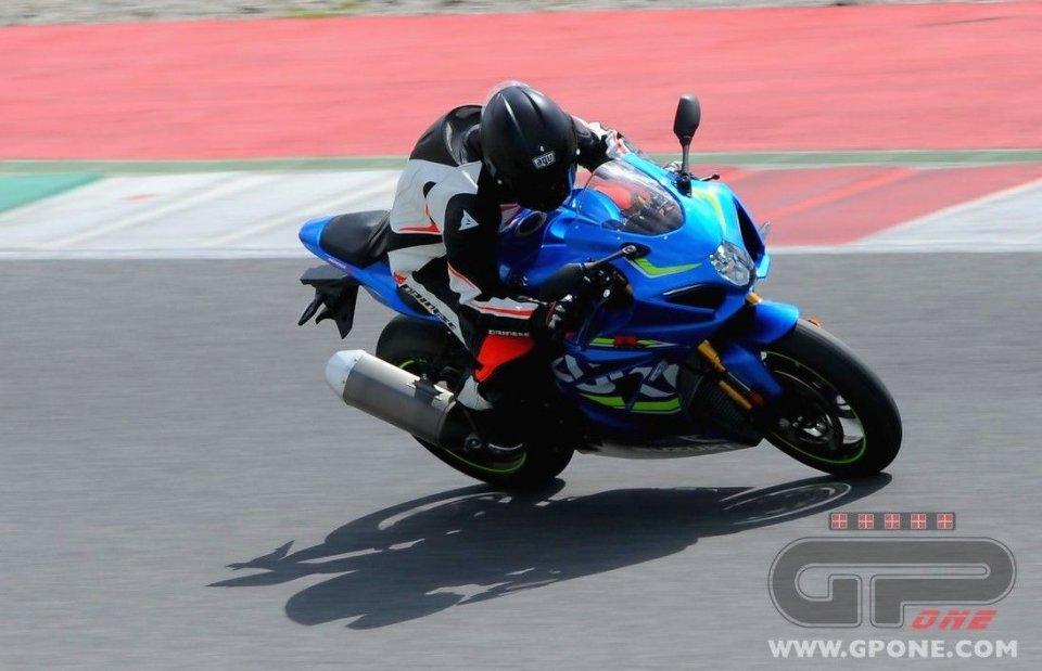 Moto - News: Richiamo per la Suzuki GSX-R1000: problemi alla trasmissione