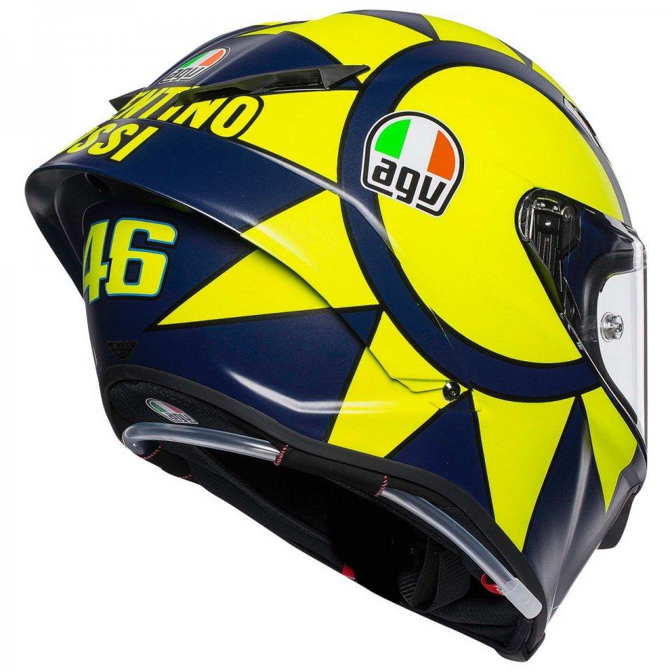 Moto - News: AGV Pista GP R: SoleLuna 2018, per sentirsi Valentino Rossi