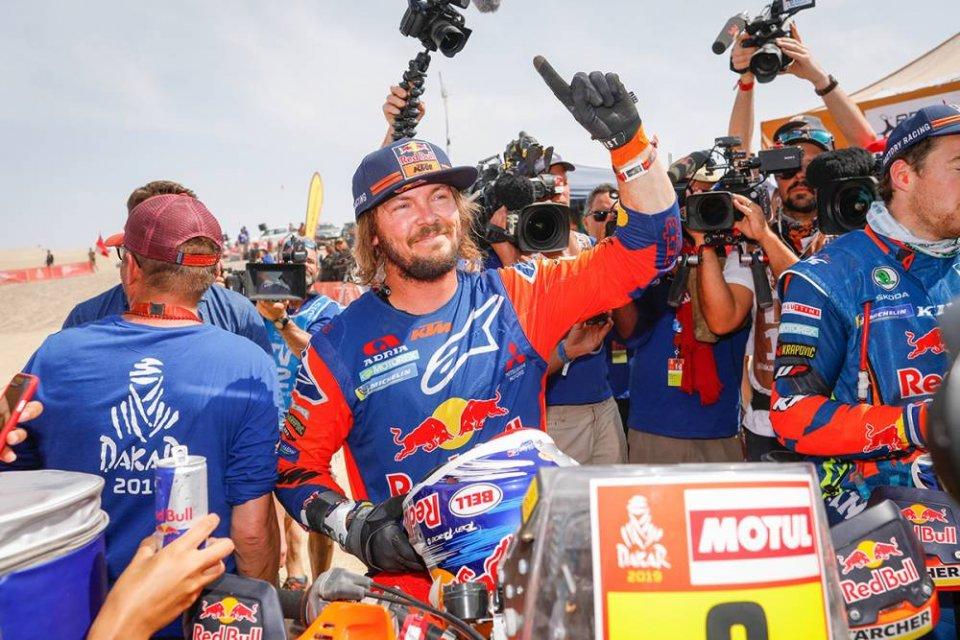 Dakar: Immenso Price, regala a KTM la 18^ vittoria alla Dakar