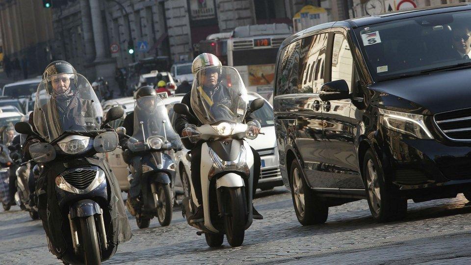 Moto - News: Due ruote protagoniste della mobilità, ma serve un piano Marshall per la sicurezza