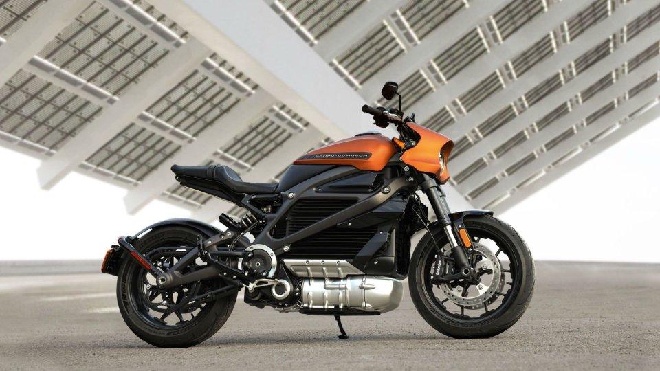 Moto - News: Harley-Davidson Livewire: svelati prezzo e dettagli
