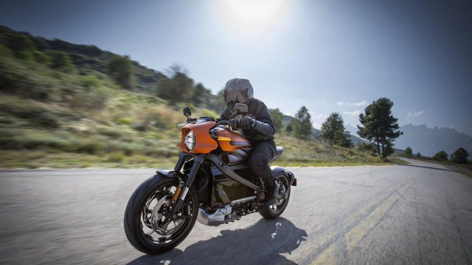 Moto - News: Harley-Davidson: una rete di colonnine elettriche per la LiveWire