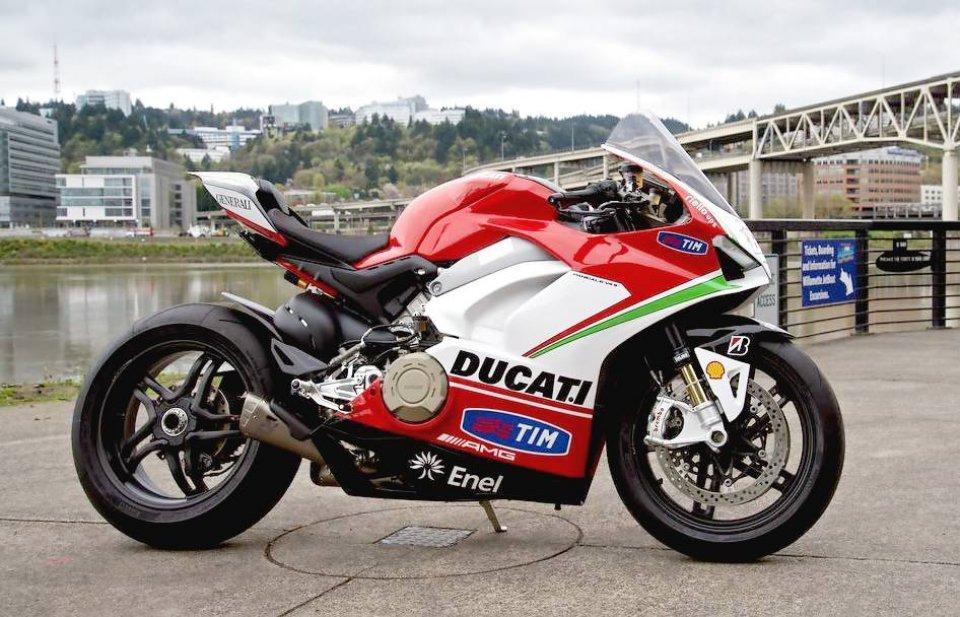 Moto - News: Una Panigale V4S all'asta per la Fondazione Nicky Hayden