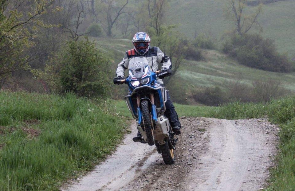 Moto - News: T.ur Official Partner della True Adventure Offroad Academy di Honda