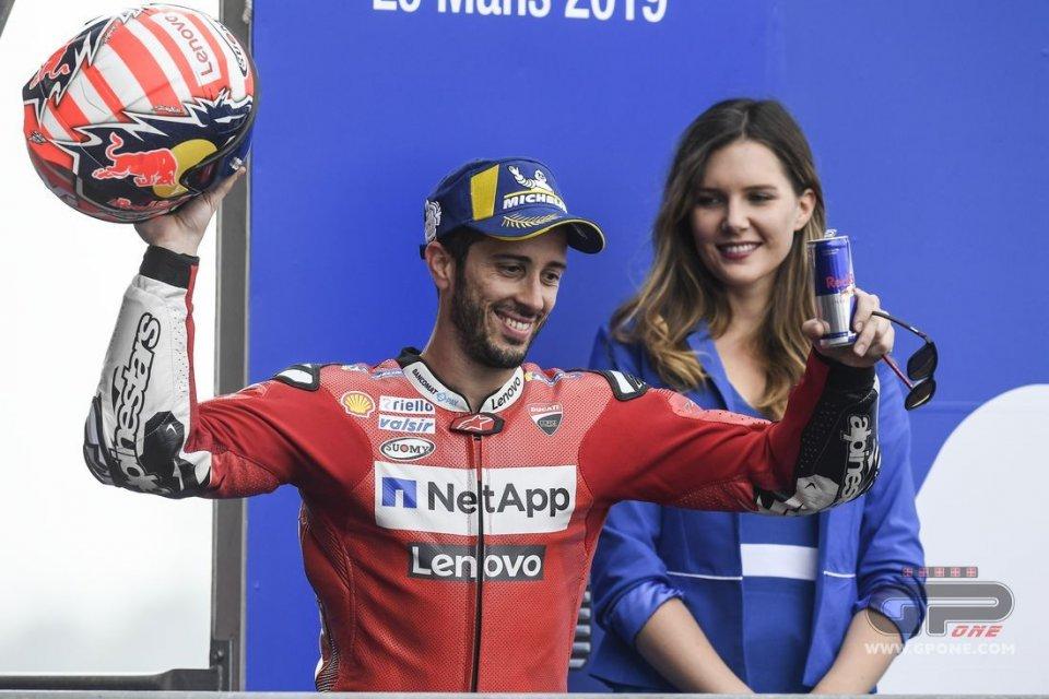 MotoGP: Dovizioso con Rossi e Capirossi sul podio... dei vecchietti