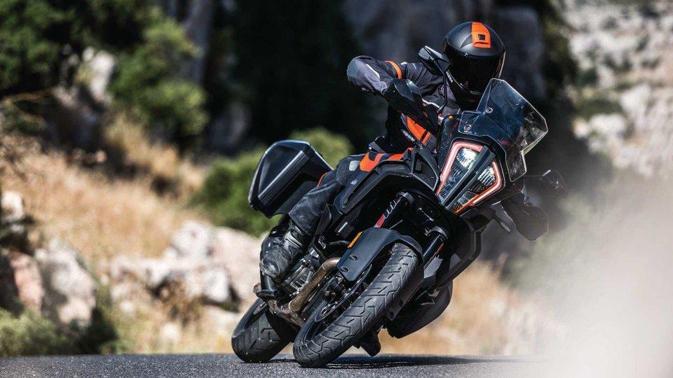 Moto - News: KTM, promozioni su 1290 Super Duke e 1290 Super Adventure