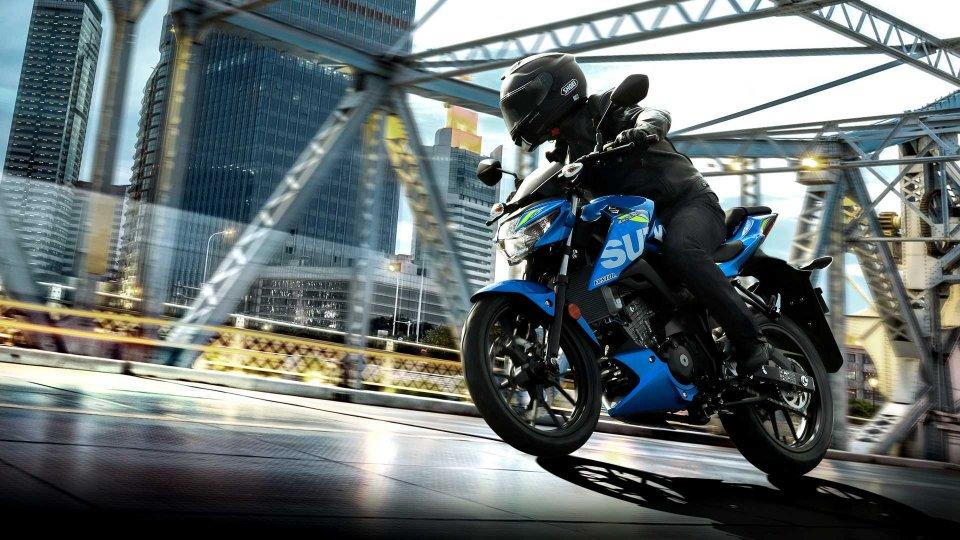 Moto - News: Suzuki, con Young Riders la patente A1 è in regalo