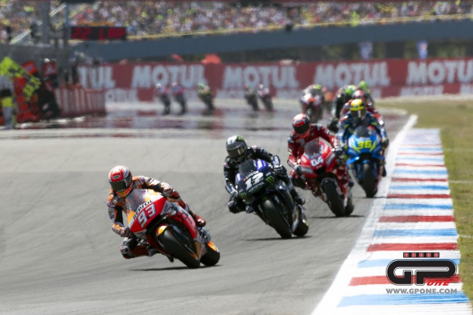 MotoGP: MEGAGALLERY Il GP di Assen giro per giro
