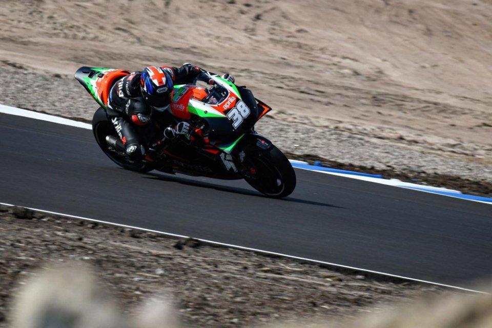 MotoGP: Chiusi i test in Finlandia, Smith su Aprilia il più veloce