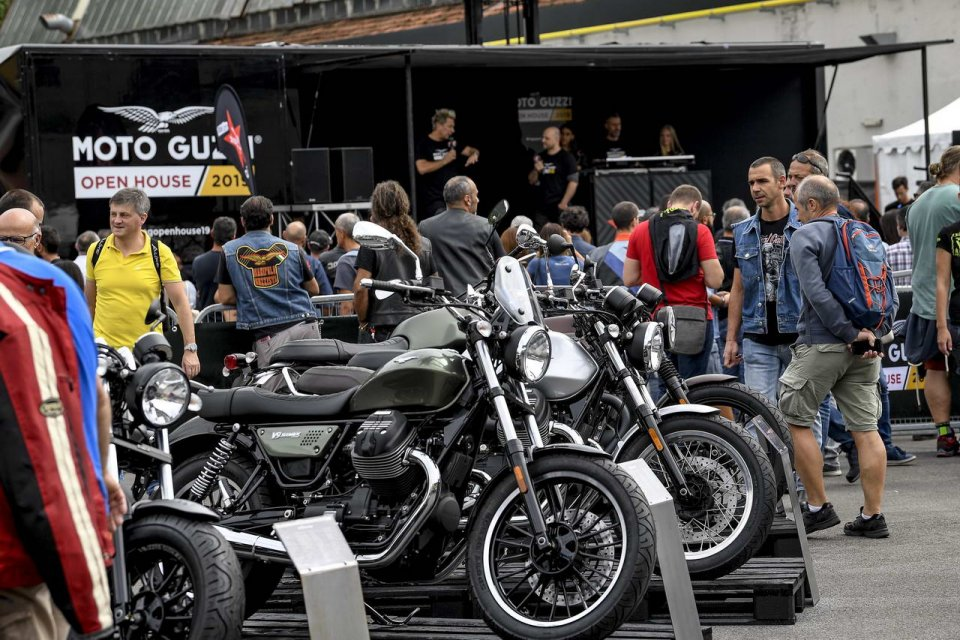 Moto - News: Moto Guzzi Open House 2019: oltre 30.000 presenze al raduno dell'Aquila