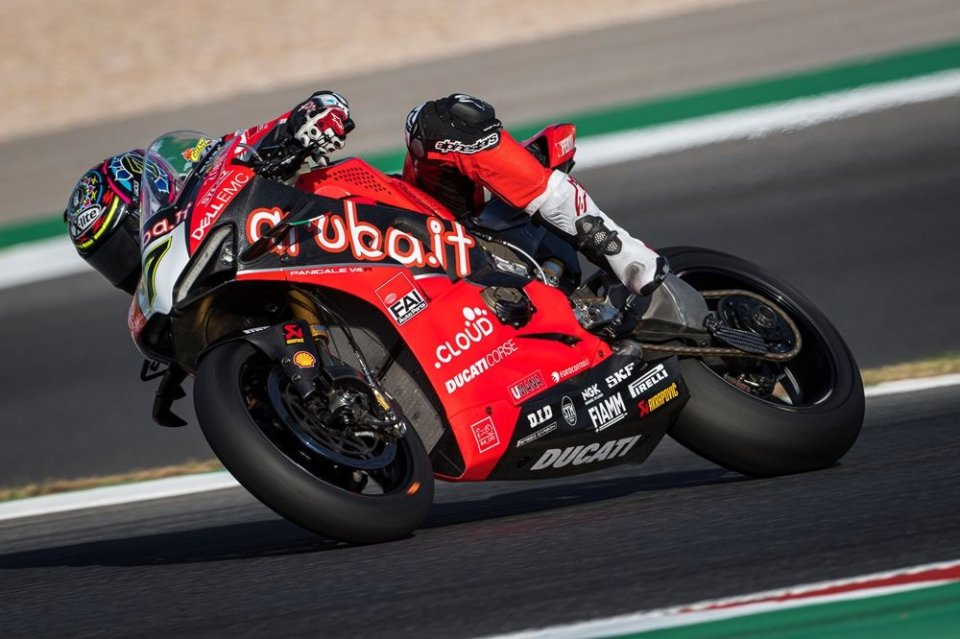 """SBK: Davies: """"The bike was difficult to ride, then the problem."""""""