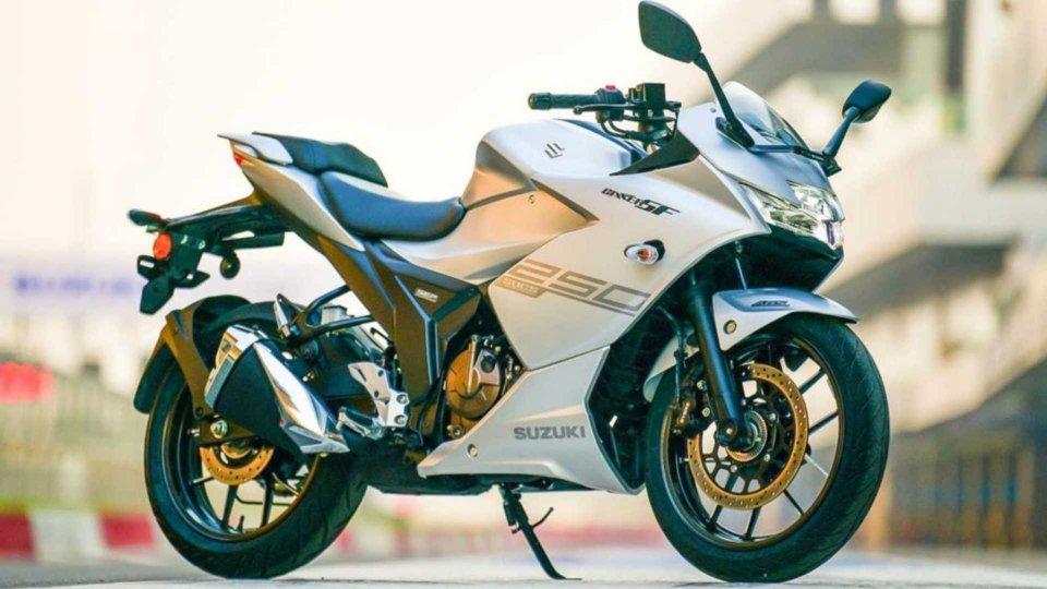 Moto - News: Suzuki Gixxer 250 e Gixxer SF 250 presentate al Salone di Tokyo