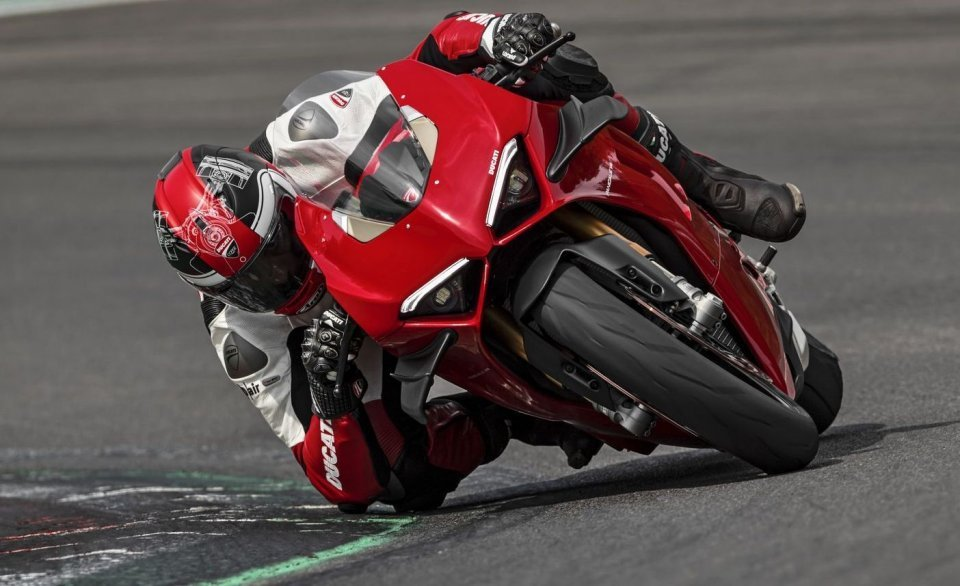 Moto - News: Ducati: downforce anche per la Panigale V4 1100