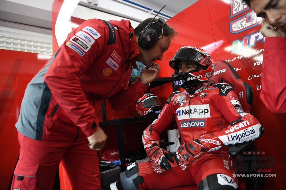 """MotoGP: Pirro: """"Low pressure and nausea forced me to stop"""""""