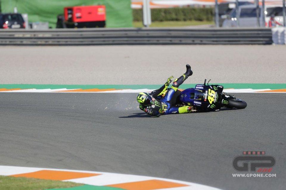 MotoGP: PHOTO. Valentino Rossi grants the encore... of crashes