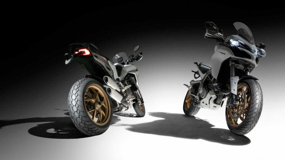 Moto - News: Dunlop Mutant, la nuova gomma per tutte le strade