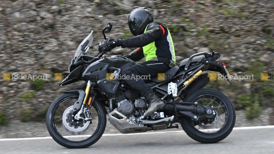 Moto - News: Triumph Tiger 1200, tante novità per il 2021