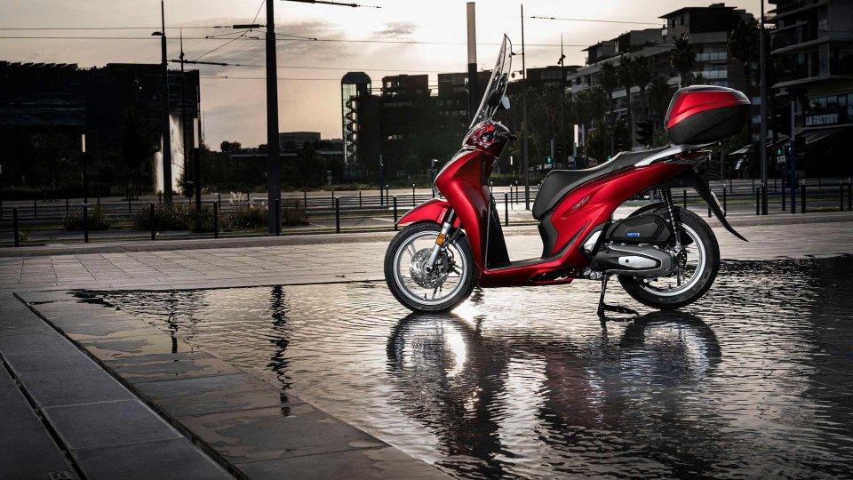 Moto - News: Honda SH 125i e 150i 2020: prezzo per entrambi da 3.740 euro