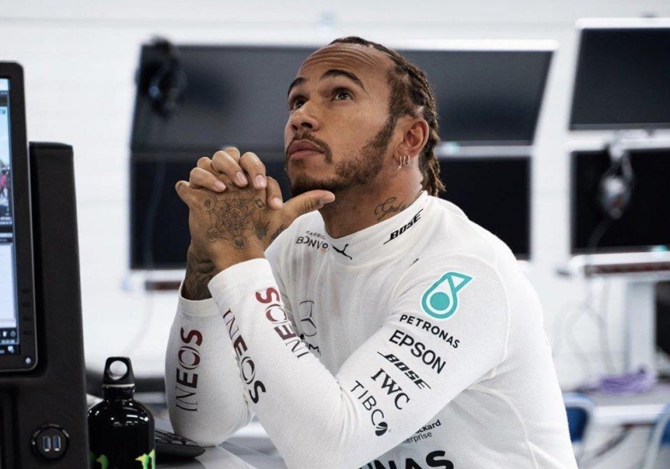 """Auto - News: Formula1 - Hamilton:""""La NBA si ferma e noi corriamo, è scioccante"""""""