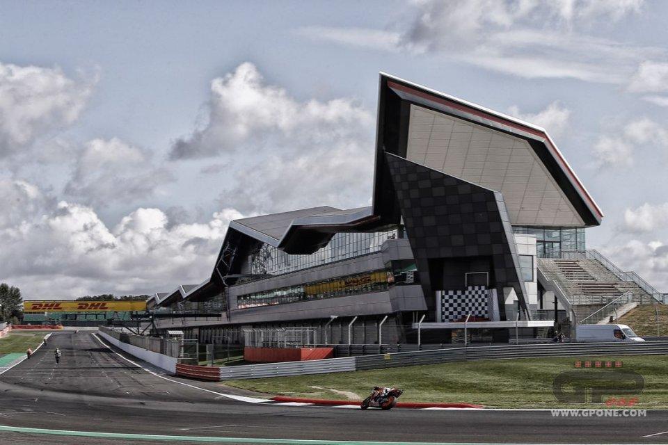 MotoGP: Silverstone al lavoro per un GP a porte chiuse (per la Formula1)