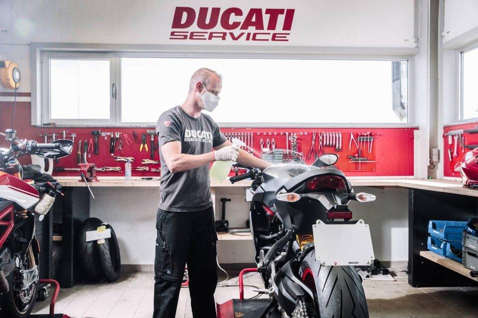 Moto - News: Ducati riparte allungando la garanzia e con un aggiornamento gratuito
