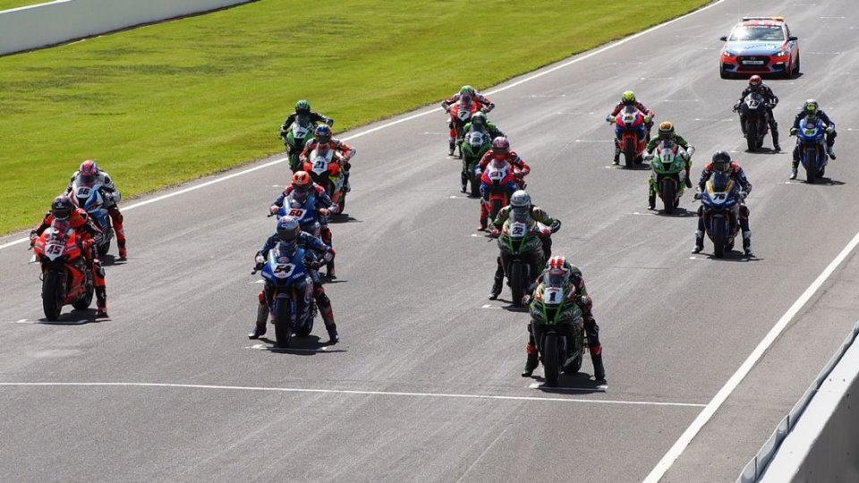 SBK: Rinviate Donington ed Assen, si parte a Jerez, Portimao seconda gara