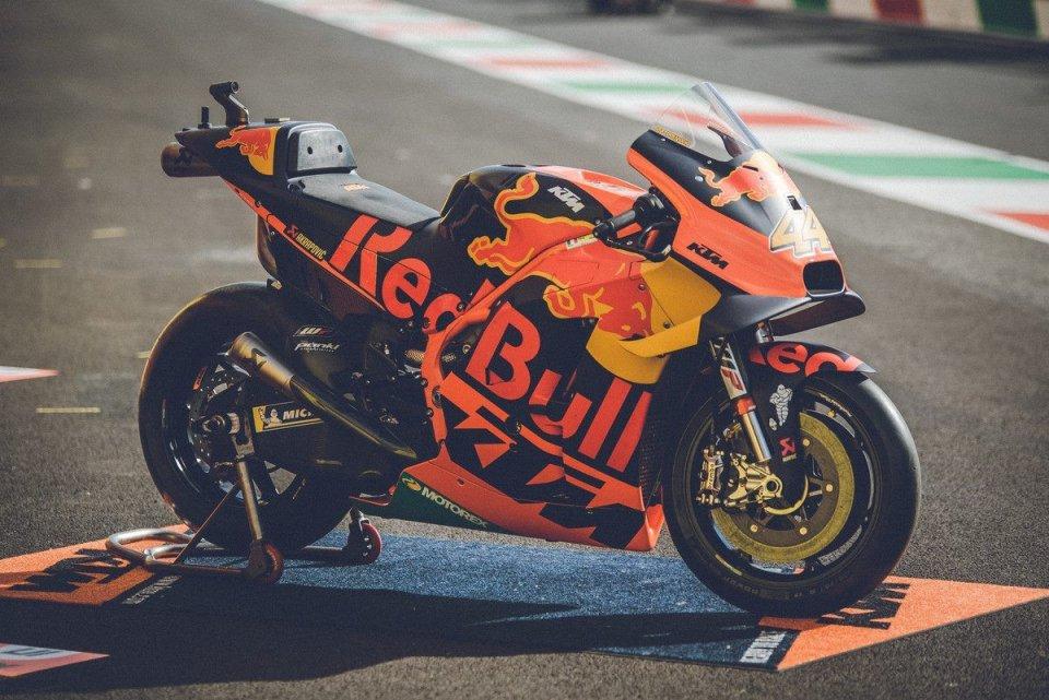 "MotoGP: ""Saldi estivi"": KTM mette in vendita due RC16 MotoGP a 288.000 euro"