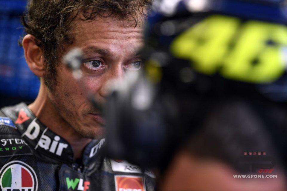 MotoGP: La firma di Rossi diventa un giallo. Il boss di Petronas nega tutto
