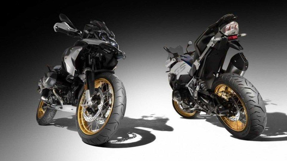 Moto - News: #RideMeridian: Dunlop premia le foto social più belle