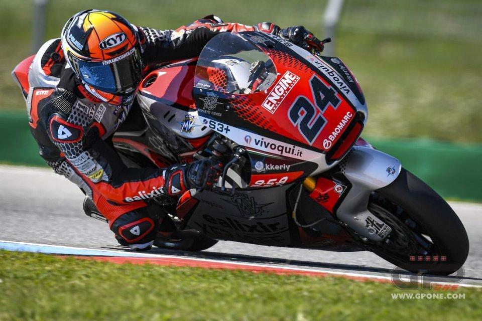 Moto2: Simone Corsi non correrà a Brno: frattura a un dito del piede destro